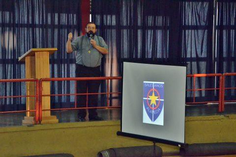 P. Carlo Lira participó del Buenos días en Salesianos Alameda
