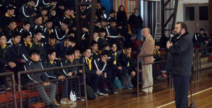 P. Carlo Lira visitó comunidad educativo pastoral de Valdivia
