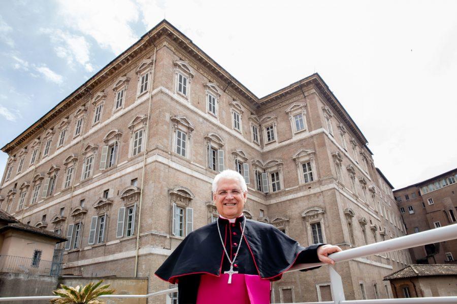"""Ordenación Episcopal: """"Sé cercano a los pobres, a los indefensos y a todos los que necesitan acogida y ayuda"""""""