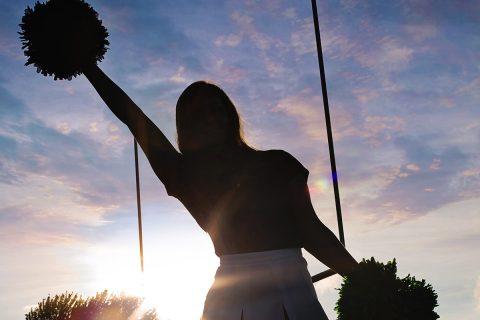 Cheerleader, Más allá de los pompones