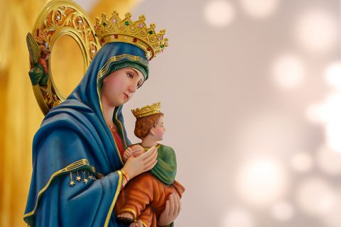 María de Nazaret, la influencer de Dios