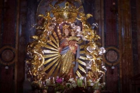 "Novena mundial a María Auxiliadora, la ""Virgen Poderosa"""