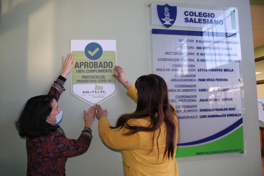 Salesianos Concepción recibe Sello Covid