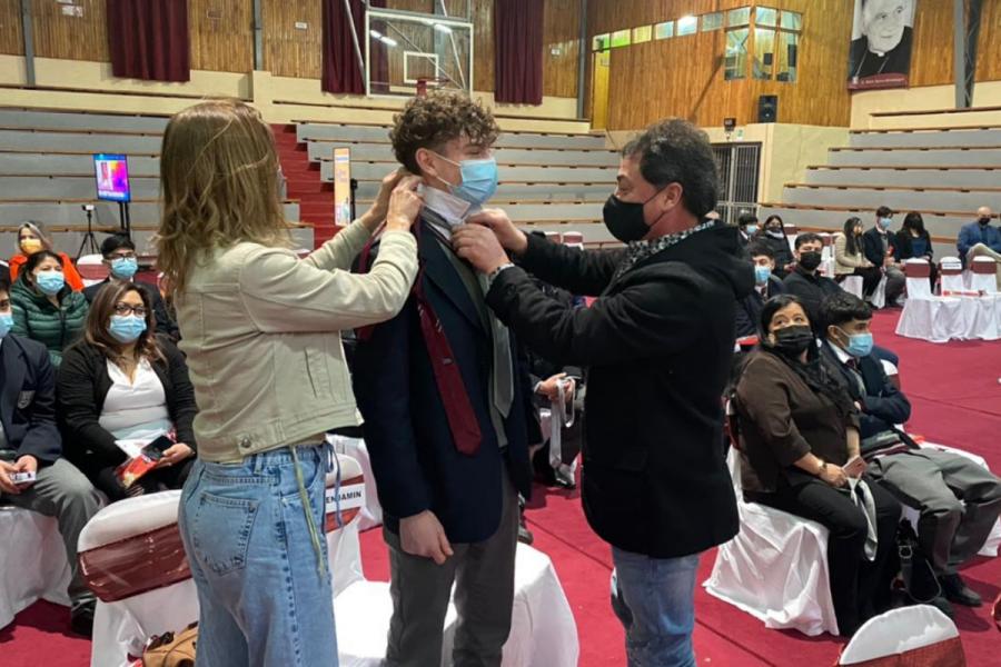 Bendición alumnos cuartos medios en IDB Punta Arenas